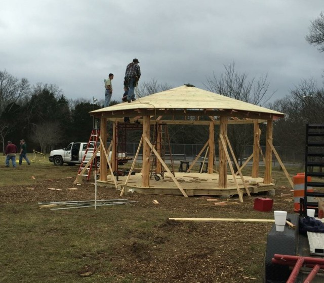 cedar_gazebo_construction_20160220-IMG_0429