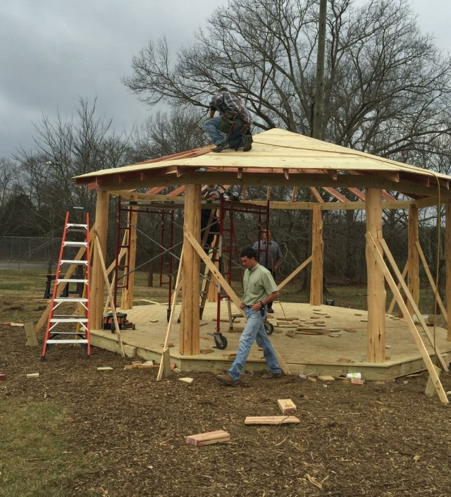 cedar_gazebo_construction_20160220-IMG_0431