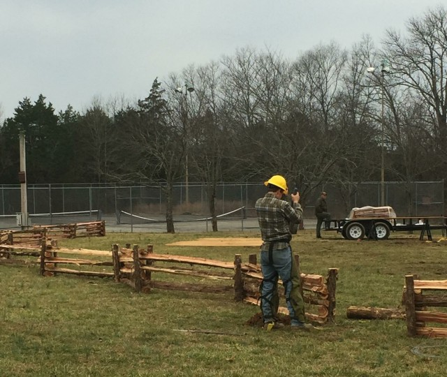 cedar_gazebo_construction_20160220-IMG_0439
